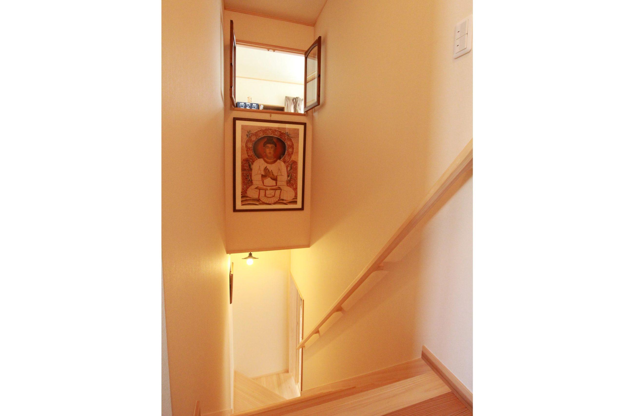 桧の階段へリフォーム。
